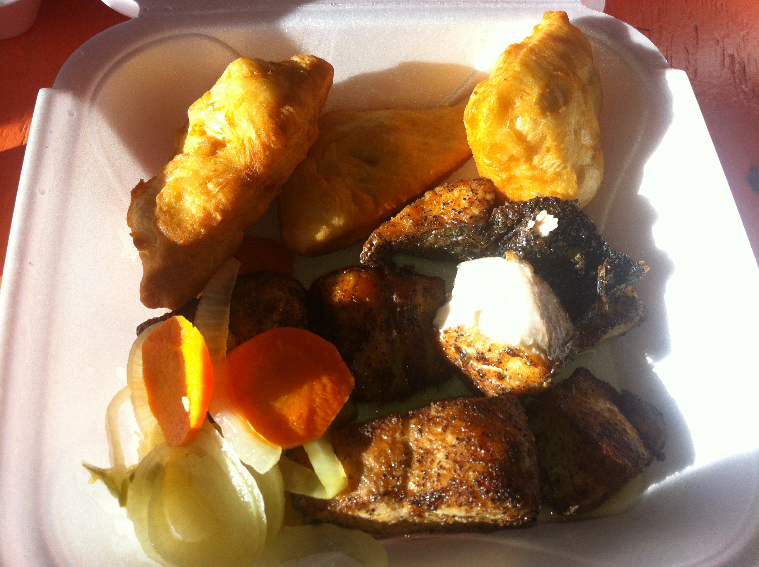 Capt herman east side fish fry best things in cayman islands for Sides for fried fish